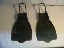 CADDIES SWIMMING PADDLES IN GOOD CONDITION, WATER SPORTS PADDELS 2382