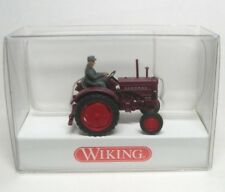 Hanomag R16 (weinrot) Traktor