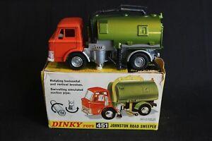 Dinky toys Johnston Road Sweeper #451 in original box (J&KvW)