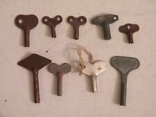 Anciennes petite clef clé en tôle ou fer pour remontage des mécanismes de jouets