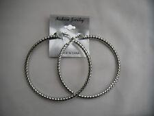Aro Pendientes de diseño elegante en color plata nueva