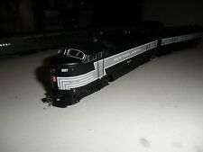 NYC  4 axle C-Liner  A/B set        with  DCC & sound