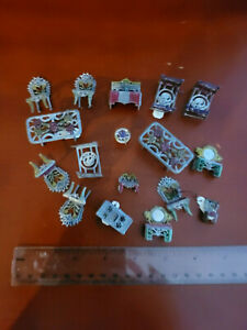 Lot of Misc Dollhouse Furniture Light Weight Metal