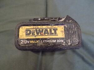 DEWALT 20 V MAX / LITHIUM ION BATTERY