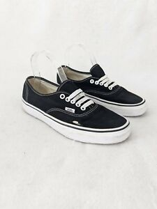 Vans Authentic Black & White Lace Up FLAWED Skate Shoes Mens Sz 7.5 / Womens 9