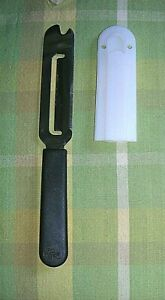 Pampered Chef Cheese Slicer Spreader Stainless Knife with Guard #1125 Retired