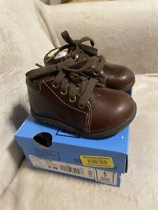Boys Strude Rite SRT Elliot Brown Shoes Size 4 W New