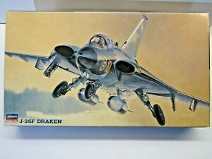 Hasegawa 1:72 Scale Swedish Air Force J-35F Draken Model Kit New - Kit # 51401