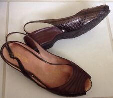 Keneth Cole Reaction Women Sz 7.5 Brown Leather