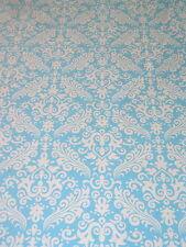 Bezugsstoffe aus Polyester mit über 10 Meter Länge