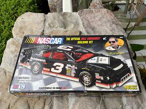 MEGA BLOKS NASCAR BUILDING SET 485 Pieces DALE EARNHARDT Set No 9957 (S)