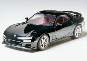 Tamiya 24116 1/24 Scale Model Sports Car Kit Mazda RX-7 FD-3S R1