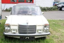 Mercedes Benz 200 W115 D/8 Oldtimer 220d beige Diesel
