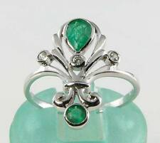 Emerald 9 Carat White Gold Vintage Fine Jewellery