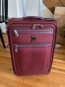 """Travelpro Platinum Elite 22"""" Expandable Carry-On Rollaboard - Bordeaux"""