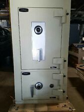 Amsec ACF4824DS ACF Series UL Listed Fire Rated Two Door Depository Safe