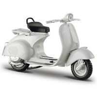 1:18 Vespa 150 (1956) Scooter Model