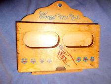 Vintage -DAVAR-JAPAN-Wooden-Card-Reminder/Holder