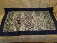 Nwot Paisley KING Shams Blue/White/Navy (2) Blue border on front 100% cotton