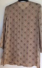 JAEGER BEIGE TUNIC STYLE BLOUSE BEIGE WITH WHITE BROWN DAISYS GOLD DOTS MED