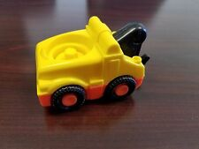 2006 Fisher Price Little People Yellow Tow Truck Wrecker with Sound - WORKS!