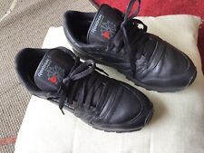 Pair Of Mens Black Reebok Classic Trainers Size 8 (42)