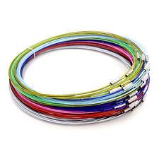 5 Colliers ras de cou tour fil métal câble à vis 44 cm couleur mixte