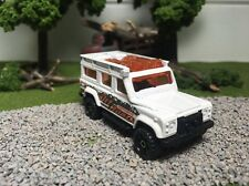 Matchbox CUSTOM W/REAL RIDERS White 1997 Land Rover Defender 110