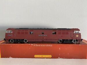 Hornby R352 OO Class 52 D1062 Diesel Western Courier.