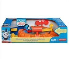 My First Thomas - Fisher PriceThomas the train Spinning Sodor Playset +18M NEW