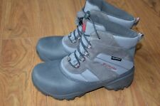 Columbia boots size youth 6 US waterproof 200 grams NEW