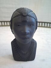 ART AFRICAIN / AFRIQUE : SCULPTURE / BUSTE AFRICAINE EN TERRE CUITE SIGNEE