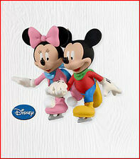 2010 Hallmark SKATING SIDE BY SIDE Disney Ornament MICKEY & MINNIE MOUSE