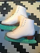 Jackson Freestyle 1070 Figure Skates w/ Mark IV Blades