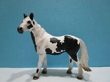 Schleich ® Pferde  13696      Pinto Stute   ohne Fähnchen