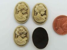10 CABOCHONS Ovale 18x13mm résine CAMEE profil femme fond Rose vif profil Blanc