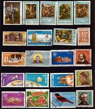 5T4 PANAMA 21 timbres oblitérés  sujets religieux et divers