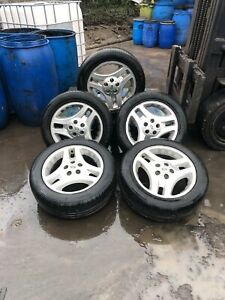 Landrover Freelander 5*17 inch alloy wheels and tyres 225-55