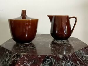 Villeroy & Boch brown creamer and lidded sugar bowl Made in Luxembourg