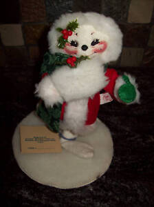 """1994 ANNALEE 9"""" VICTORIAN CHRISTMAS MOUSE W/STAND, NWT"""