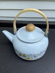 Tea Kettle 2 Quart Porcelain Enamel on Steel