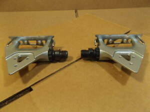 NOS Shimano 105SC (PD-1055) Clip-Style Pedals...Early 90's Model w/Shopwear