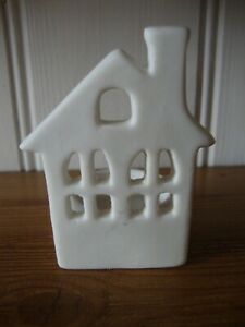 Ceramic Porcelain Festive Xmas Christmas House Tea Light Holder