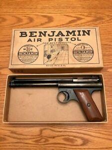 Vintage Benjamin  Air Pistol model 122 (1935) from Frank Mihalyi Estate