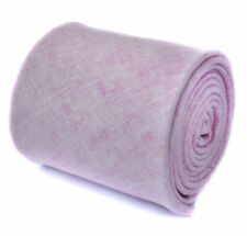 Corbatas, pajaritas y pañuelos vintage rosa