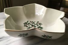 ESSEX MFG. INC. Christmas HOLLY Collection Porcelain Star Deep Candy Bowl Dish