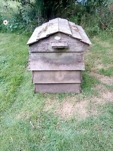 Wriggly Wigglers Beehive Wooden Composter Bin Natural Timber Used