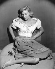 ACTRESS LOLA ALBRIGHT - 8X10 PUBLICITY PHOTO (CC205)