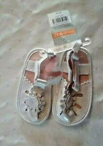 Carters Crib shoe's size 9-12
