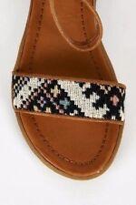 Standard (D) Geometric Slim Sandals & Beach Shoes for Women